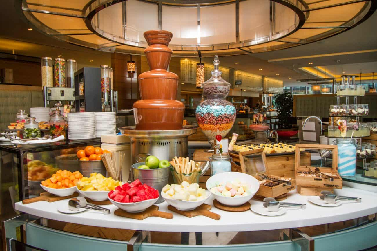 7 Reasons Why You Should Try Seasonal Tastes' 1-for-1 Buffet