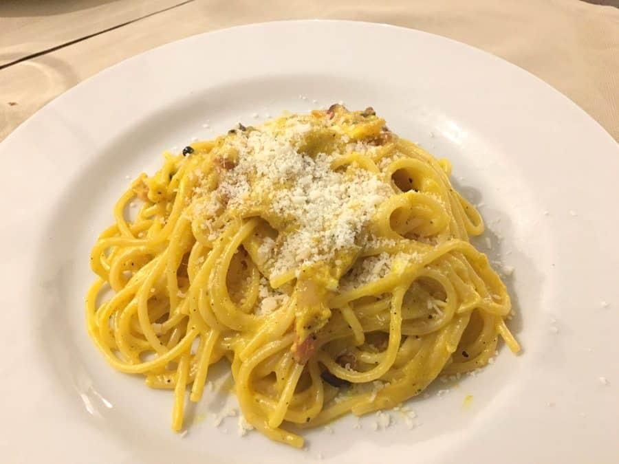 carbonara pasta rome