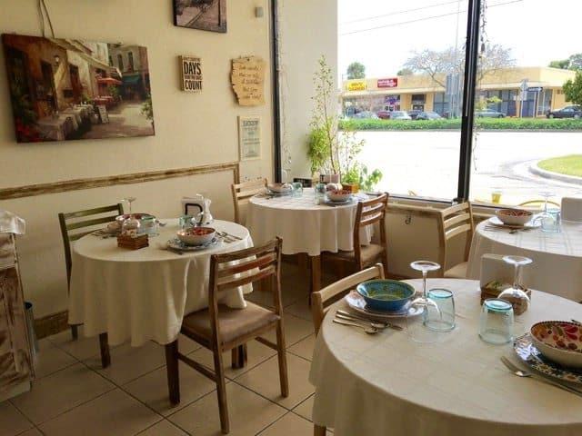 Italian Cafe called iL Paesano