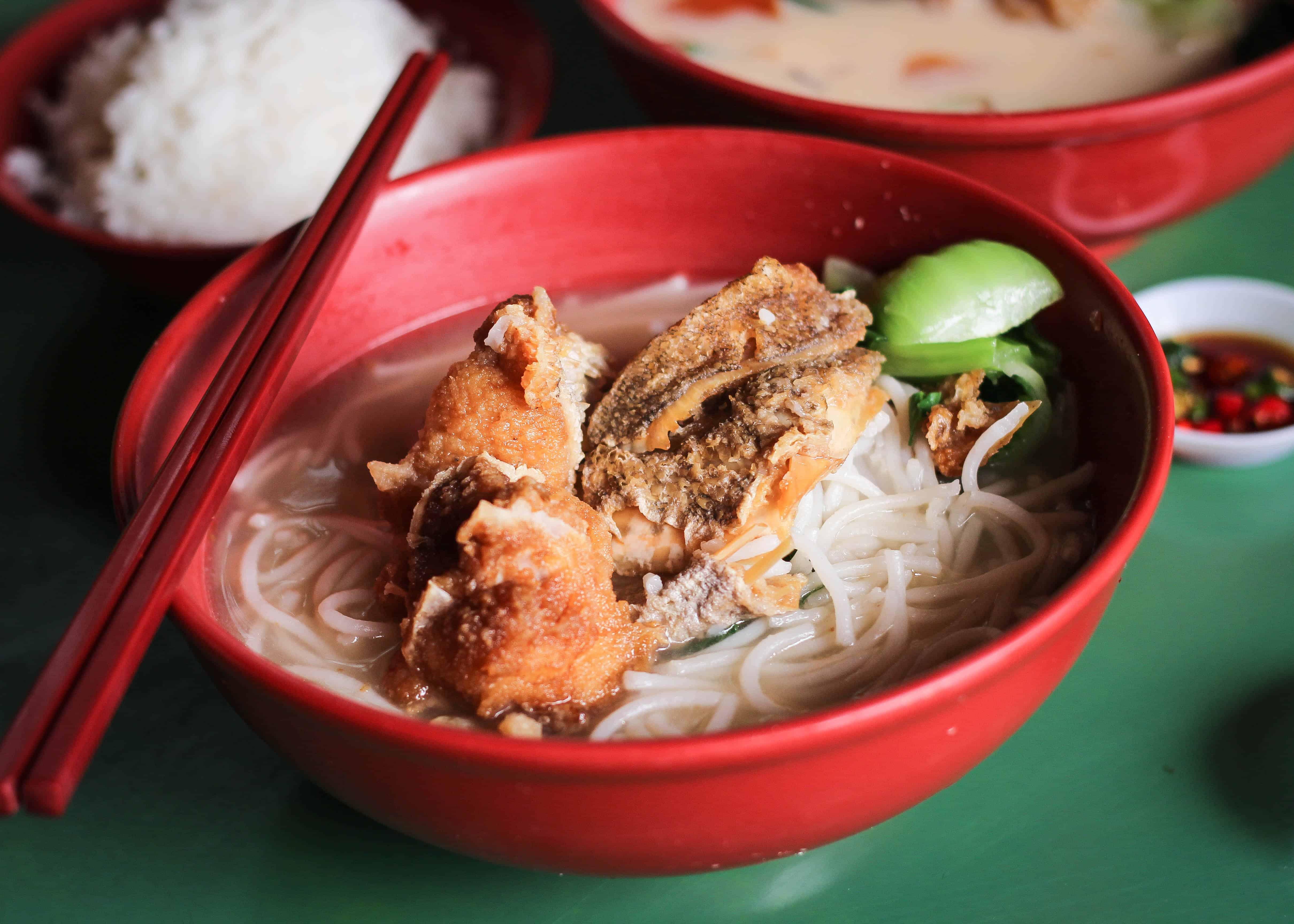 Jin Hua Fish Soup Cantonese Fish Soup At Maxwell Food Centre Miss Tam Chiak