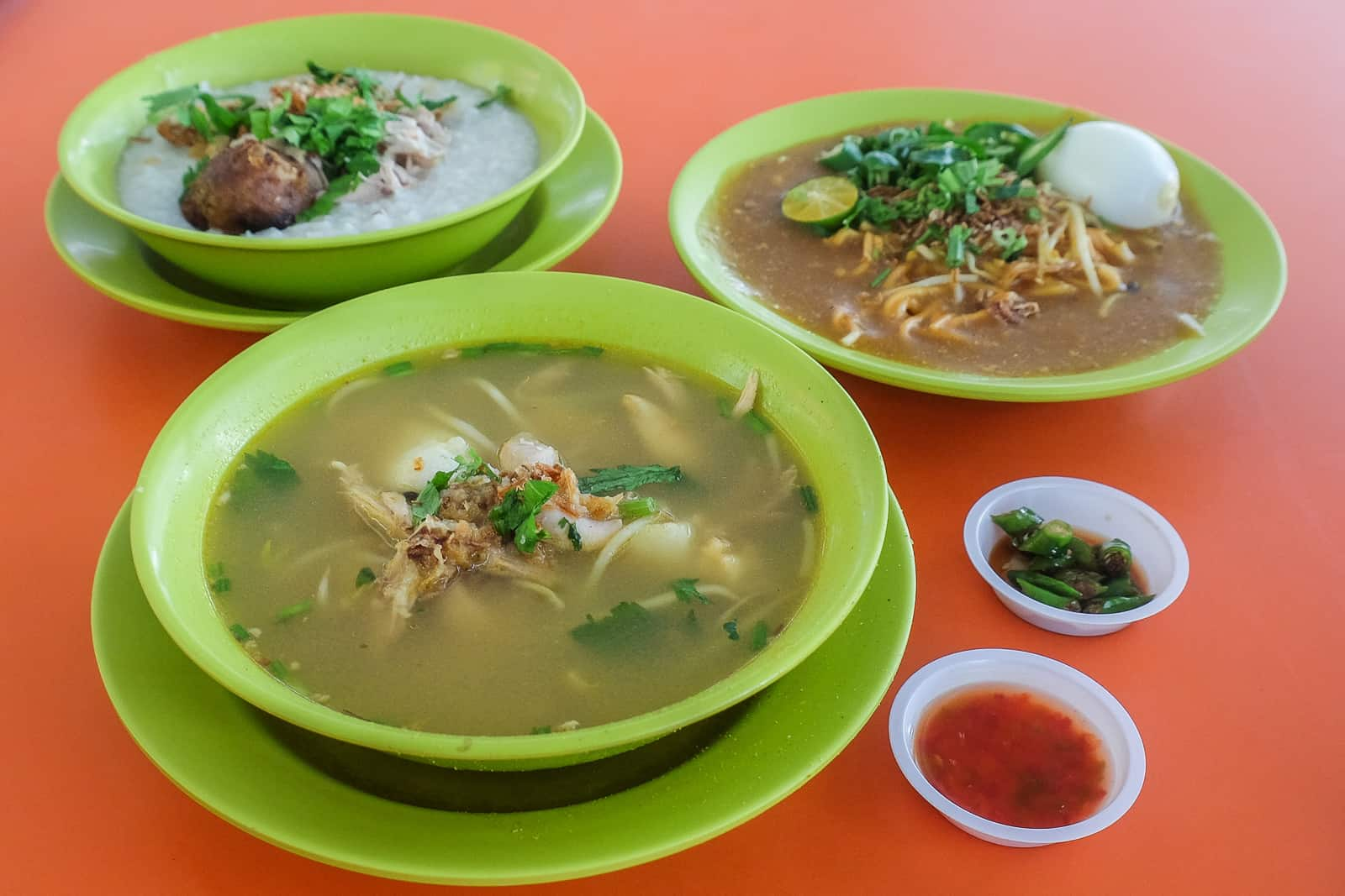Inspirasi Soto Ayam Worth Queuing For Only 2 50 Each Miss Tam Chiak